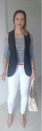 look de trabalho - look casual - blusa ciganinha - decote ombro a ombro - colete de alfaiataria - maxicolete - calça branca - listras - blusa listrada