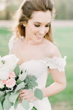 Weddings by Christopher and Nancy | Bridal Portraits | Laura's Southern Bridals