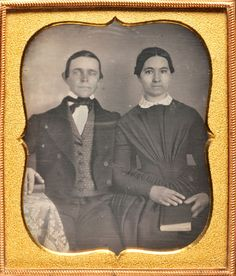 DAGUERREOTYPE OF YOUNG WELL-DRESSED COUPLE W/ BOOK - 1/6 PLATE PHOTO