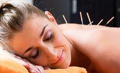 (Zentrum der Gesundheit) - Sie wollen wissen, auf welcher Grundlage die Akupunktur wirkt, haben jedoch keine Lust sich durch die komplexen Zusammenhänge der Traditionellen Chinesischen Medizin zu arbeiten? Kein Problem! Wir beschreiben diese effektive Therapie in Kurzform und erklären Ihnen, warum die Akupunktur bei vielen unterschiedlichen Beschwerden erfolgreich eingesetzt werden kann.