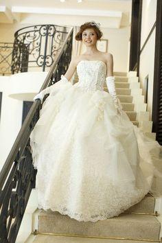 フェアローゼン|THE HANYドレス|岐阜・名古屋の貸衣裳・ドレスレンタル ウェディングプラザ二幸