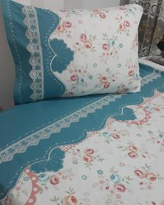 Herkese hayırlı akşamlar dilerim  Bende evimin yolunu tutayım Linen Bedding, Bedding Sets, Free To Use Images, Bedroom Bed Design, H&m Home, Shabby Chic Bedrooms, Applique Quilts, Sofa Pillows, Bed Covers