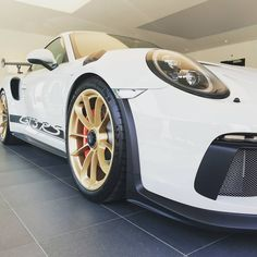 what a beauty, what a peformance! new #porsche #gt3rs soon available for rent in europe. pm for more details