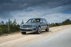Confirmed: The 2016 Bentley SUV Forget the six-figure SUVs from Land Rover, Mercedes and Porsche. If you want a real luxury SUV, you'll have to wait until Bentley makes one. Bentley Suv, Bentley Motors, Bentley 2016, Ford, Car Repair Service, Diesel Cars, Luxury Suv, Construction, Rolls Royce