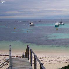 """""""Em algum lugar alguma coisa incrível está esperando para ser conhecida."""" Carl Sagan #wetours #worldexplorer #australia #rottnestisland #westernaustralia #praia #paraiso #traveldeeper #explore #pelomundo #oceania #naturalbeauty #instatravel #amoviajar #loucosporviagem #wanderlust #bestintravel #tripstips #aussie #top #loveaustralia #mustgo #viagensincriveis #mar #maravilhoso #paradise #QueroViajarMais by we_tours http://ift.tt/1L5GqLp"""
