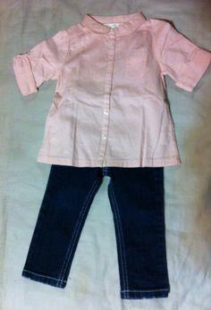 Blusa rosa pantalón azul