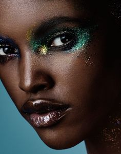 Glitter Bomb makeup Amilna Estevao by Jason Kim Makeup Inspo, Makeup Inspiration, Makeup Tips, Beauty Makeup, Eye Makeup, Hair Makeup, Makeup Ideas, Airbrush Makeup, Silvester Make Up