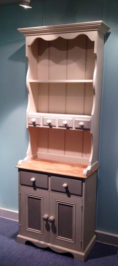 Cute Welsh Dresser in Autentico Chalk Paint Cocos & White Pepper