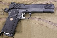 Save those thumbs 1911 Pistol, Revolver, Custom 1911, Wilson Combat, Springfield Armory, Guns And Ammo, Concealed Carry, Usmc, Firearms
