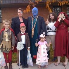 The Doctor Who Family Cosplay for Halloween