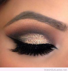 Eye Makeup Tips.Smokey Eye Makeup Tips - For a Catchy and Impressive Look Pretty Makeup, Love Makeup, Makeup Inspo, Makeup Inspiration, Makeup Ideas, Makeup Tips, Perfect Makeup, Makeup Tutorials, Black Makeup