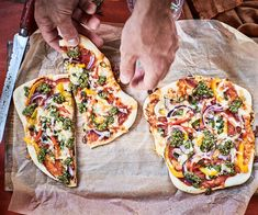 These simple vegetarian homemade pizzas are delicious and a much healthier (and yummier) alternative to those from most pizza outlets. Egg Recipes, Apple Recipes, Pizza Recipes, Dinner Recipes, Vegetarian Recipes, Healthy Recipes, Coconut Lime Cake, Beetroot Relish, Roasted Capsicum