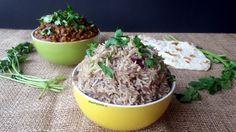Esta receta es parte delEspecial: Lo Mejor de India. Créanme que no exagero cuando afirmo que este arroz es lo más rico que hay. La receta original la descubrió mi papá por internet (aquí el link a ella), y nosotros la hemos adaptado un poco para hacerla nuestra. Ni se imaginan el olor delicioso que...Seguir leyendo »