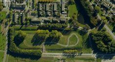 Het arboretum in Hoogvliet is een bomentuin in wording. Een eerste fase is ooit in 2006 gestart. Een aantal van destijds geplante bomen begint wat meer grootte en vorm te krijgen. Een groot gedeelte van het arboretum is echter nog leeg. Het arboretum heeft de beschikking over een terrein van 8.460 m2 groot. http://www.arboretumhoogvliet.nl/index.php?text_ID=90&subonderwerp_ID=38