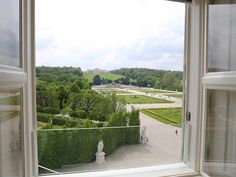 Beautiful view over the Schloß Schönbrunnpark taken directly from the Schloß Schönbrunn Grand Suite.  The royal Schloß Schönbrunn Grand Suite is just in the center of the beautiful Schloß Schönbrunn Palace. If you want to be a princess or a prince feel free to contact us. :) #feelingRoyal in a special hotel room http://www.austria-trend.at/Suite-Schloss-Schoenbrunn/en/