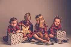 """mimoki στο Instagram: """"La Magia del día de Reyes 👑🎁👑🎁👑🎁 con las batas de @marvin_kids foto @elenabau_fotografia y muchos #mimokis 💕 #mimokiando"""""""
