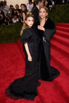 Met Gala 2015: The Best Looks From The Carpet | The Zoe Report Mary-Kate and Ashley Olsen in Galliano Couture