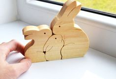 Christmas gift - Wood rabbit - Wooden Puzzle bunny - Educational toys - montessori toys - Kids gifts - Animal puzzle - rabbits family