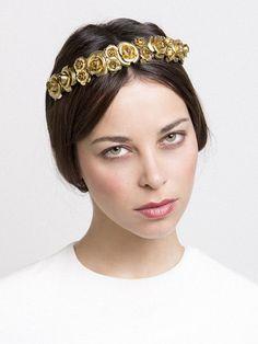 Tiny gilded roses #headpiece #hair #wedding