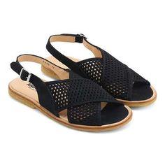 Slingback sandal med hulmønster og spænde - 1