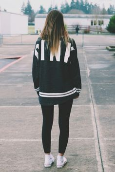Imagen de outfit, girl, and black