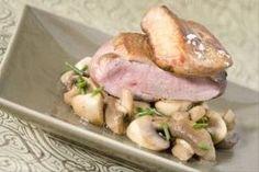 Découvrez cette recette de Magret de canard Rossini, poêlée de champignons expliquée par nos chefs