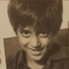 Salman Khan's Filmi Career & Unseen Photos that Will Make Your Day - Let Us Publish Salman Khan Young, Salman Khan Photo, Shahrukh Khan, Salman Katrina, Salman Khan Wallpapers, Best Bollywood Movies, Cute Cartoon Drawings, Star Family, Vintage Bollywood