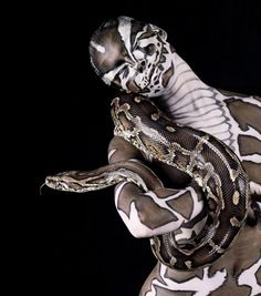 Dark Art | gkkaz: Snake skin Body Painting- Burmese...
