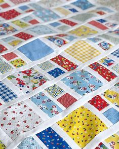 Sewing Block Quilts Charming Charlie - charm pack quilt - Charming Charlie is a quilt made with Charm Squares squares) This quilt pattern comes in two sizes. Lap/Throw and Twin. *****See picture. Scrappy Quilt Patterns, Patchwork Quilting, Scrappy Quilts, Quilt Blocks, Quilt Sets, Charm Pack Quilts, Charm Quilt, Quilting Projects, Quilting Designs