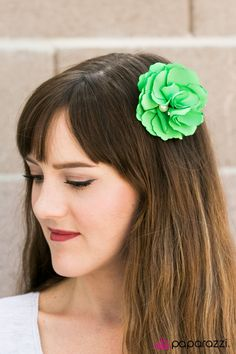 Compare and Contrast - Green  $5 - hair clip that doubles as a pin :)