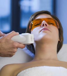 Googles protect your eyes during an IPL treatment. http://beautyeditor.ca/2015/05/07/ipl-for-pigmentation