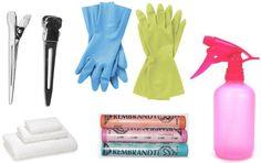 Dip dye hair tools: Rubber gloves, pastels, spray bottle, old towel, hair clips Tie Dye Hair, Dye My Hair, Dyed Tips, Color Streaks, Temporary Hair Color, Hair Chalk, Color Your Hair, Beauty Recipe, Crazy Hair
