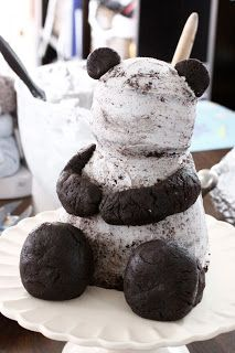 bake-a-boo: The making of the famous Mr.Me to You Bear Cake