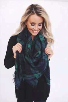 55 Awesome Blanket Scarf Outfit Ideas For This Fall - Nona Gaya Fall Winter Outfits, Autumn Winter Fashion, Winter Clothes, Winter Style, Outfit Invierno, Winter Mode, Fashion Beauty, Womens Fashion, Swagg