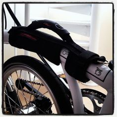 Bromptonのかわいいロゴが見えなくなっちゃうけど、実用品ってことで購入してミタ(^^) http://bromptonjunction.jp/products/detail.php?product_id=301 #Brompton #M6L #Offyearbike #LORO馬車道