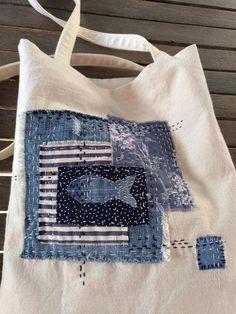 Canvas Bag with Sashiko Boro Patches Hand Stitch, Patched Market Tote with Denim, Floral and Stripe Cotton Textiles - Patchwork bags Cotton Textile, Boro Stitching, Hand Stitching, Embroidery Patterns, Hand Embroidery, Purse Patterns, Embroidery Stitches, Machine Embroidery, Japanese Embroidery