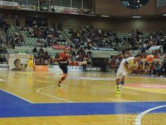Disparo de Adri.  @SeFutbol España-Grecia. Homenaje a Kike Boned. Ginés Rubio @grl48