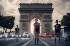 Les Trois Au Triomphe