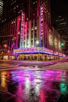 Radio City Music Hall From Corner Art Print by John McGraw Night Aesthetic, City Aesthetic, Rainbow Aesthetic, Purple Aesthetic, Retro Aesthetic, Bad Girl Aesthetic, Neon Wallpaper, Cute Wallpaper Backgrounds, Cute Wallpapers