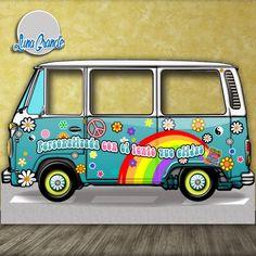 Photocall furgoneta de 157 x 237 con la imagen de la furgoneta hippie por excelencia, totalmente personalizado y con envío gratis https://lunagrande.es