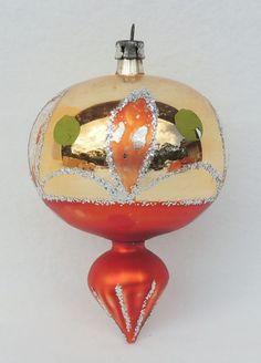 Die 74 Besten Bilder Von Glaskugeln Glass Ornaments Christmas