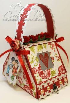 Magnolia Valentine's Kissing Edwin Shy Tilda Picnic Basket High Gift Box by cabiotse - Cards and Paper Crafts at Splitcoaststampers