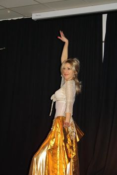 Galleri og billeder fra arragementer. Mavedans, orientalskdans, orientalsk musik / historie og flotte kjoler. Indslag fra et offentligt arrangement