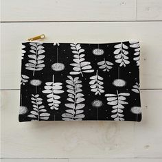 Block print leaves and puff pods
