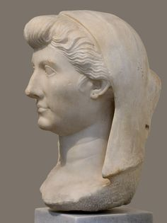 Livia Augusta. Parian marble. Ca. 20 BCE. Inv. No. 355. Athens, National Archaeological Museum. (Photo by I. Sh.).
