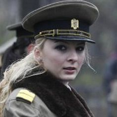 Soldado Femenino en Bucarest. Rumania