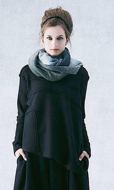 Moyuru designer clothing