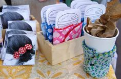 Cardboard pieces with coffee cup image that fit inside coffee cozies! How cuuute! And those hair clippie cards are super cute too! Sewing Crafts, Sewing Projects, Diy Crafts, Creative Crafts, Craft Fair Table, Coffee Cup Images, Craft Booth Displays, Display Ideas, Martini