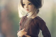 In my dolly dreams, I have this Unoa BJD.
