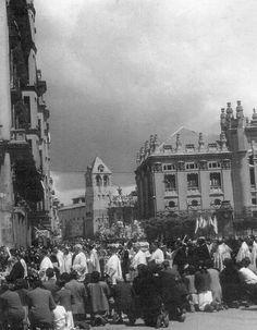 Leon, fotos antiguas, plaza de Santo Domingo y calle de Ramón y Cajal.